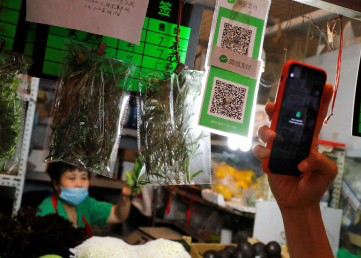 The unexpected resurgence of QR codes: from oblivion to being essential