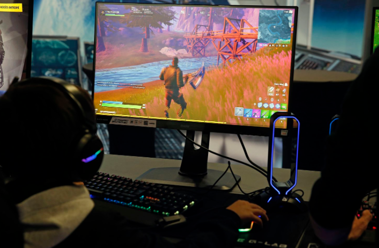 Fortnite endangers your iPhone: Apple threatens its owner with eliminating it from its ecosystem if it does not comply with payment regulations