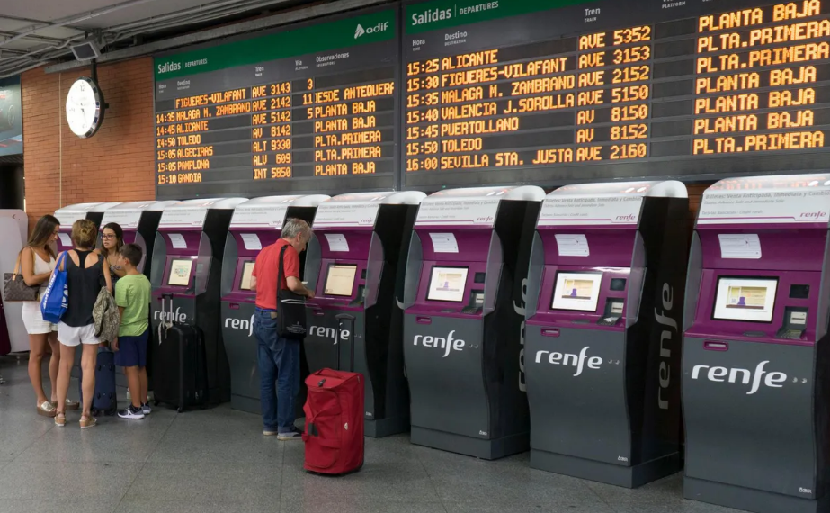 Adif installs cameras at the Atocha and Sants stations to take the temperature of passengers due to covid-19