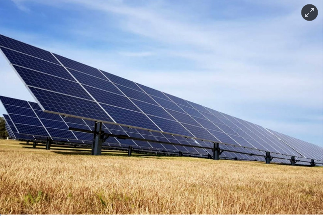 Companies and investment funds conquer solar parks