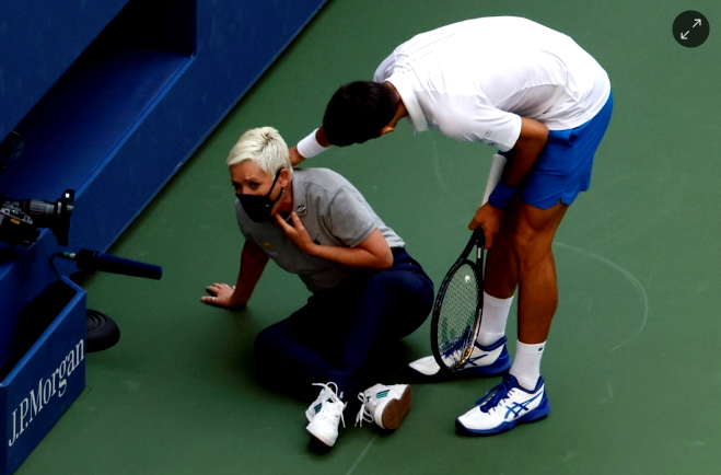 Djokovic disqualified from the US Open for hitting a linesman