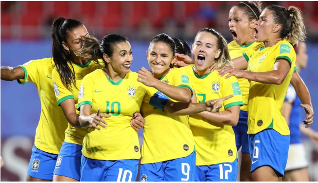 The Brazilian Federation matches the salaries of the men's and women's teams